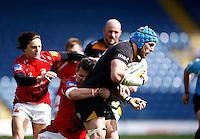Photo: Richard Lane/Richard Lane Photography. London Welsh v Wasps. Aviva Premiership. 12/04/2015. Wasps' James Haskell attacks.
