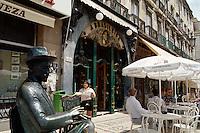 Portugal, Café a Brasileira in Lissabon, Denkmal des Fernando Pessoa