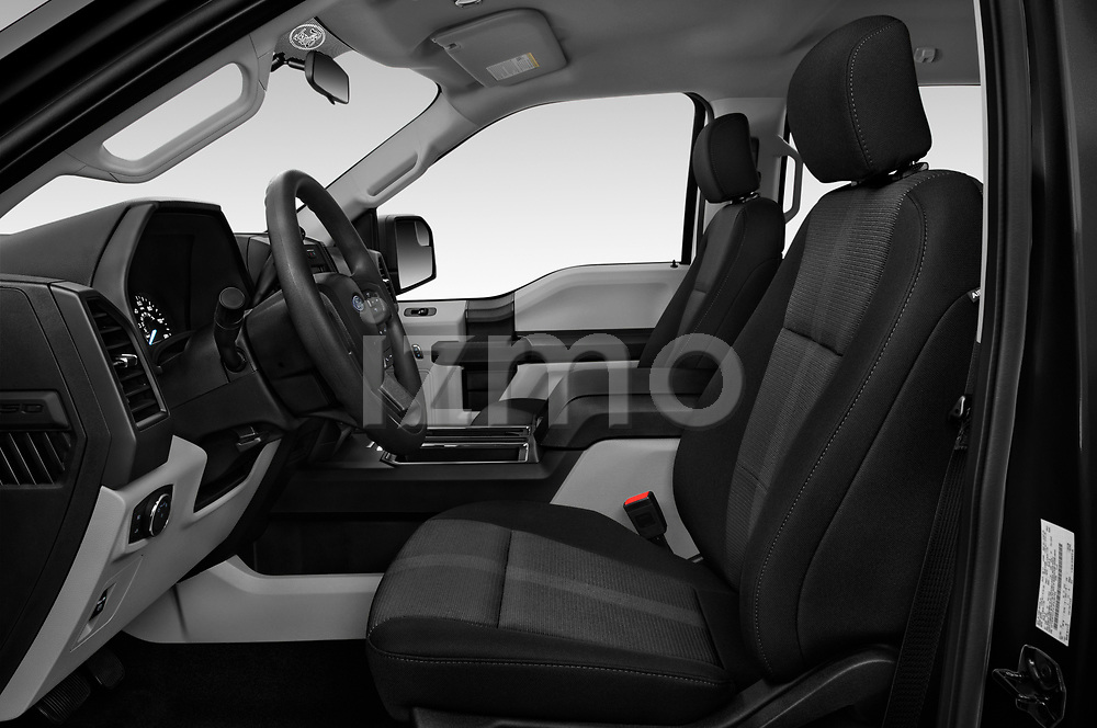 Front seat view of 2019 Ford F-150 XL-SuperCrew 2 Door Pick-up Front Seat  car photos