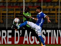 BOGOTA - COLOMBIA -25 - 11 - 2017: Carmelo Valencia (Izq.) jugador de La Equidad disputa el balón con John Fredy Duque (Der.) jugador de Millonarios, durante partido de ida entre La Equidad y Millonarios, de los cuartos de final la Liga Aguila II - 2017, jugado en el estadio Metropolitano de Techo de la ciudad de Bogota. / Carmelo Valencia (L) player of La Equidad vies for the ball with John Fredy Duque (R) player of Millonarios, during a match for the first leg between La Equidad and Millonarios, to the quarter of finals for the Liga Aguila II - 2017 at the Metropolitano de Techo Stadium in Bogota city, Photo: VizzorImage  / Luis Ramirez / Staff.
