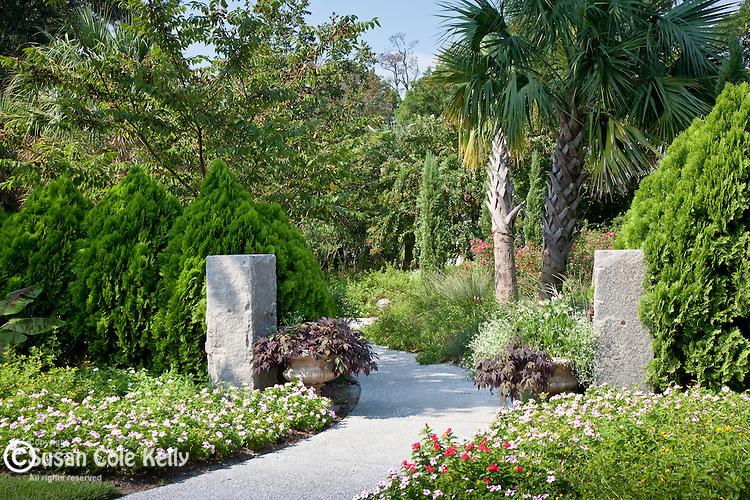 Airlie Gardens showcase gardens, Wilmington, NC, USA