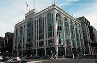 Boston:  Berkeley Building, 420 Boylston, at Berkeley 1905. Cooman & Despredelle, the latter from Paris. Beaux-Arts.  Photo '91.