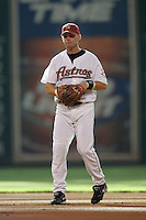 Houston Astros second baseman Craig Biggio (7) during the Major League Baseball game against the New York Mets on July 30, 2005 at Minute Maid Park in Houston, Texas. The Astros defeated the Mets 2-0. (Andrew Woolley/Four Seam Images)