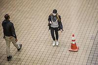 NOVA YORK, EUA 18.03.2020 - CORONAVIRUS-EUA - Movimentação na rodoviaria Port Authority durante a Pandemia de Corona Virus COVID-19 em Nova York nesta quarta-feira, 18. (Foto: Vanessa Carvalho/Brazil Photo Press/Folhapress)