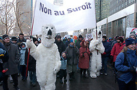 Demonstration against the Suroit thermic central project , in downtown Montreal, February 2, 2004.<br /> <br /> (c) : 2004, Images Distribution