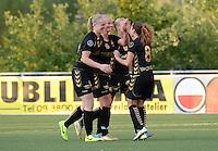 AA Gent - Telstar :<br /> <br /> speelsters van Telstar vieren de 0-1 van Dominique Vugts (M)<br /> <br /> foto Dirk Vuylsteke / Nikonpro.be