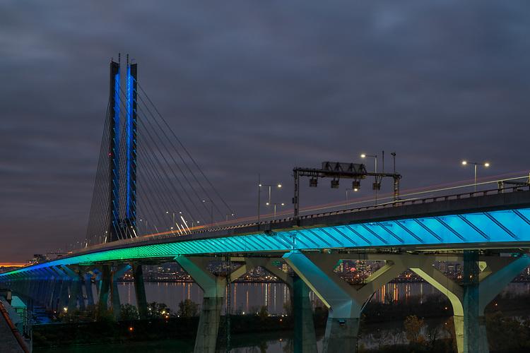 Pont Samuel De Champlain Bridge | HLB Lighting