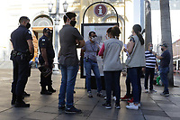 Campinas (SP), 13/06/2020 - Comércio-SP - Fiscais do Procon, Vigilância Sanitária, Defesa Civil e Guarda Municipal realizaram uma fiscalização nos comércios na Rua 13 de Maio em Campinas, interior de São Paulo, neste sábado (13).