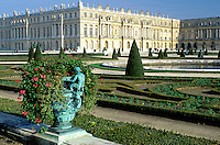 Versailles, palace, France, Ile de France, Paris, Yvelines, Europe, Gardens at Chateau de Versailles.