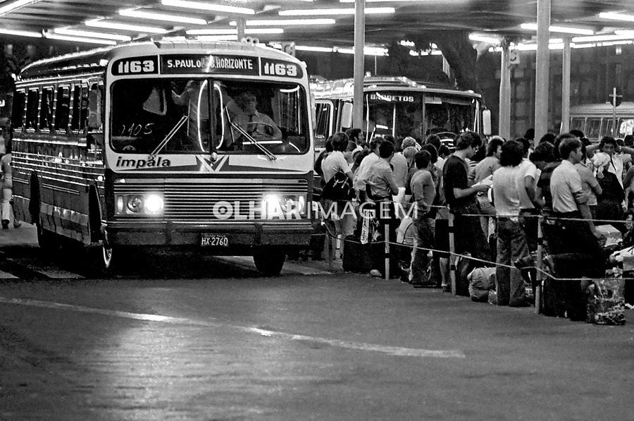 Antiga estação Rodoviária de São Paulo. 1979. Foto de Juca Martins.