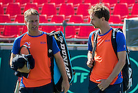 Moscow, Russia, 13 th July, 2016, Tennis,  Davis Cup Russia-Netherlands, Training Dutch team, Capain Jan Siemerink with Matwe Middelkoop (NED) (R)<br /> Photo: Henk Koster/tennisimages.com