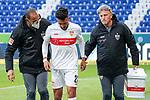 Nicolas Gonzalez (VfB, 22) wird vom Platz geführt, verletzt, Verletzung, Verletzungspause, Action, Aktion, Spielszene, 21.11.2020, Sinsheim  (Deutschland), Fussball, Bundesliga, TSG 1899 Hoffenheim - VfB Stuttgart, DFB/DFL REGULATIONS PROHIBIT ANY USE OF PHOTOGRAPHS AS IMAGE SEQUENCES AND/OR QUASI-VIDEO. <br /> <br /> Foto © PIX-Sportfotos *** Foto ist honorarpflichtig! *** Auf Anfrage in hoeherer Qualitaet/Aufloesung. Belegexemplar erbeten. Veroeffentlichung ausschliesslich fuer journalistisch-publizistische Zwecke. For editorial use only.