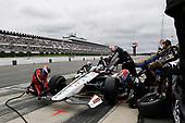 Graham Rahal, Rahal Letterman Lanigan Racing Honda, pit stop