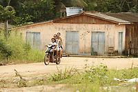 A BR-163 voltou a ser interditada neste domingo (12) e teve o fluxo de veículos interrompido nos dois sentidos, conhecida como Rodovia Cuiabá-Santarém, é a principal ligação entre a maior região produtora de grãos do país. O Exército e a Polícia Rodoviária Federal estão trabalhando nos pontos de retenção em apoio ao Departamento Nacional de Infraestrutura de Transportes (Dnit) -  (12) - © Raimundo Paccó