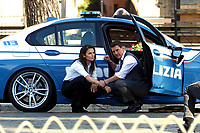 Actor Tom Cruise and actress Hayley Atwell handcuffed together during on the set of the film Mission Impossible 7 at Imperial Fora in Rome. <br /> Rome (Italy), October 13th 2020<br /> Photo Samantha Zucchi Insidefoto
