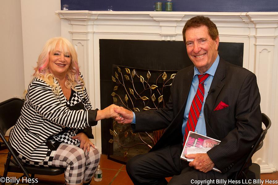 Celebrity Journalist Eileen Shapiro interviewed by Micky Burns NYC Profiles.