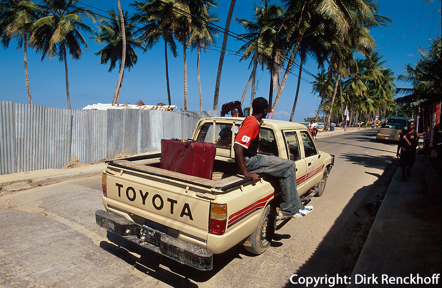Dominikanische Republik, Pick-Up als Taxi in Las Terrenas auf der Samana-Halbinsel