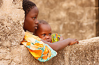 Voodoo Zangbeto nel villaggio Dekon, Benin