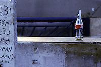 Old Gaza strip, bottiglia di coca-cola