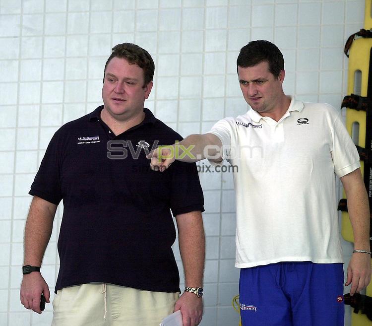 Pix: Matthew Lewis/SWpix.com. Swimming. National Youth Squad Swimming, Loughborough University. 25/10/2002...COPYRIGHT PICTURE>>SIMON WILKINSON>>01943 436649>>..Coaches John Atkinson and Sean Kelly.