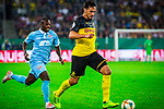 09.08.2019, Merkur Spiel-Arena, Düsseldorf, GER, DFB Pokal, 1. Hauptrunde, KFC Uerdingen vs Borussia Dortmund , DFB REGULATIONS PROHIBIT ANY USE OF PHOTOGRAPHS AS IMAGE SEQUENCES AND/OR QUASI-VIDEO<br /> <br /> im Bild | picture shows:<br /> Mats Hummels (Borussia Dortmund #15) im Duell mit Christian Kinsombi (KFC Uerdingen #8), <br /> <br /> Foto © nordphoto / Rauch