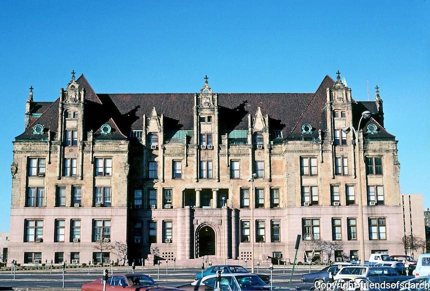 St. Louis: City Hall, south facade. Photo '77.
