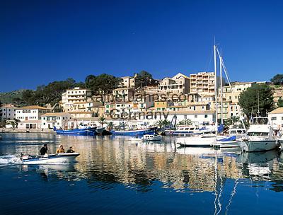 Spanien, Balearen, Mallorca, Port de Soller: Hafen | Spain, Balearic Islands, Mallorca, Port de Soller: harbour