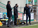 Hibs v St Johnstone…01.05.21  Easter Road. SPFL<br />Saints manager Callum Davidson shouts instructions<br />Picture by Graeme Hart.<br />Copyright Perthshire Picture Agency<br />Tel: 01738 623350  Mobile: 07990 594431