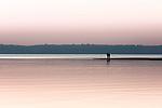 Deutschland, Bayern, Chiemgau: Sonnenuntergang am Chiemsee   Germany, Upper Bavaria, Chiemgau: sunset at Lake Chiemsee