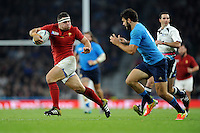 Guilhem Guirado of France looks to outrun Luke McLean of Italy during Match 5 of the Rugby World Cup 2015 between France and Italy - 19/09/2015 - Twickenham Stadium, London <br /> Mandatory Credit: Rob Munro/Stewart Communications