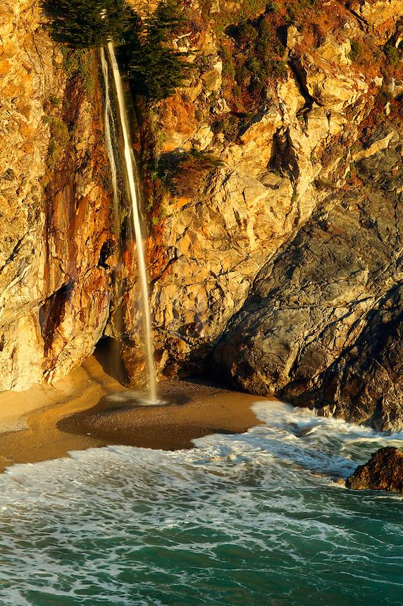 Mc Way Creek Falls at Julia Pfeiffer Burns State Park, Central Coast, Big Sur, California.