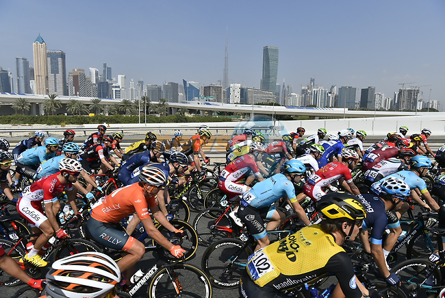 The start of Stage 5 The Meraas Stage final stage of the Dubai Tour 2018 the Dubai Tour's 5th edition, running 132km from Skydive Dubai to City Walk, Dubai, United Arab Emirates. 10th February 2018.<br /> Picture: LaPresse/Fabio Ferrari | Cyclefile<br /> <br /> <br /> All photos usage must carry mandatory copyright credit (© Cyclefile | LaPresse/Fabio Ferrari)