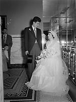 Mariage catholique de la famille Gaetano,<br /> Septembre1952.<br /> <br /> PHOTO :  Agence Quebec Presse