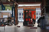 Fahrzeughalle der Feuerwehr Walldorf - Moerfelden-Walldorf 14.08.2020: Aufräumarbeiten bei der Feuerwehr Walldorf nach dem großen Waldbrand nahe dem Frankfurter Flughafen, emonline
