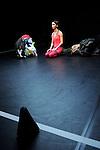 LES MODULABLES..I am getting nowhere and it is a pleasure....Choregraphie : LEIGHTON Joanne..Costumes :..Lumières : ANNEBI Farid..Compagnie : CCN de Franche Comté à Belfort..Avec :  BAJOLET Matthieu, CARRIAU Marion, FUSCO Massimo, ISELI Alexandre, PELLERAY Edouart, SIMON Pauline..Lieu : Centre National de la danse..Ville : PANTIN..Le : 06/03/2012..© Laurent PAILLIER / photosdedanse.com..All Rights reserved