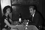 CLAUDIA CARDINALE CON FRANCO CRISTALDI<br /> TAVERNA FLAVIA ROMA 1974