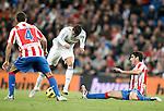 Real Madrid's Cristiano Ronaldo against Atletico de Madrid's Raul Garcia La Liga match. November 07, 2010. (ALTERPHOTOS/Alvaro Hernandez).