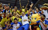 BARRANCABERMEJA - COLOMBIA, 19-09-2021: La selección Colombia femenina de voleibol celebra como campeón después del partido entre Colombia Campeón Colombia (COL) y Brasil (BRA) como parte del XXXIV Campeonato Sudamericano de Voleibol Femenino 2021 en el coliseo Luis F Castellanos de Barrancabermeja, Colombia. / The Colombian women's volleyball team celebrates as champion after the match as part of XXXIV South American Women's Volleyball Championship 2021 at the Luis F Castellanos Coliseum in Barrancabermeja, Colombia .  Photo: VizzorImage / Nelson Rios / Cont