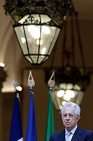 Il Presidente del Consiglio Mario Monti durante la conferenza stampa congiunta col Presidente della Repubblica Francese Francois Hollande  al termine del loro incontro a Palazzo Chigi, Roma, 14 giugno 2012..Italian Premier Mario Monti looks on during a joint press conference with French President at the end of their meeting at Chigi Palace, Rome, 14 june 2012..UPDATE IMAGES PRESS/Riccardo De Luca