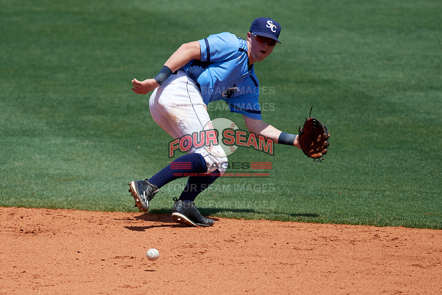 Charlotte Stone Crabs shortstop Jake Cronenworth (2) fields a ground ball during a game against the Palm Beach Cardinals on April 12, 2017 at Charlotte Sports Park in Port Charlotte, Florida.  Palm Beach defeated Charlotte 8-7.  (Mike Janes/Four Seam Images)