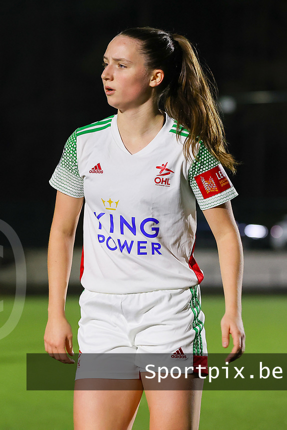 Estee Cattoor (11 OHL) pictured during a female soccer game between Oud Heverlee Leuven and Standard Femina De Liege on the 10th matchday of the 2020 - 2021 season of Belgian Womens Super League , sunday 20 th of December 2020  in Heverlee , Belgium . PHOTO SPORTPIX.BE | SPP | SEVIL OKTEM