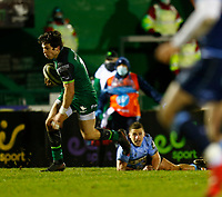 20th February 2021; Galway Sportsgrounds, Galway, Connacht, Ireland; Guinness Pro 14 Rugby, Connacht versus Cardiff Blues; Alex Wootton (Connacht) gets away from Harri Millard (Cardiff Blues) to score a try in the 40th minute