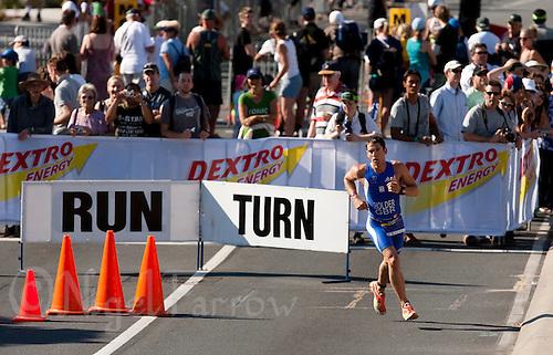 13 SEP 2009 - SOUTHPORT, AUS -Dean Holder (GBR) - ITU World Age Group Sprint Championships (PHOTO (C) NIGEL FARROW)
