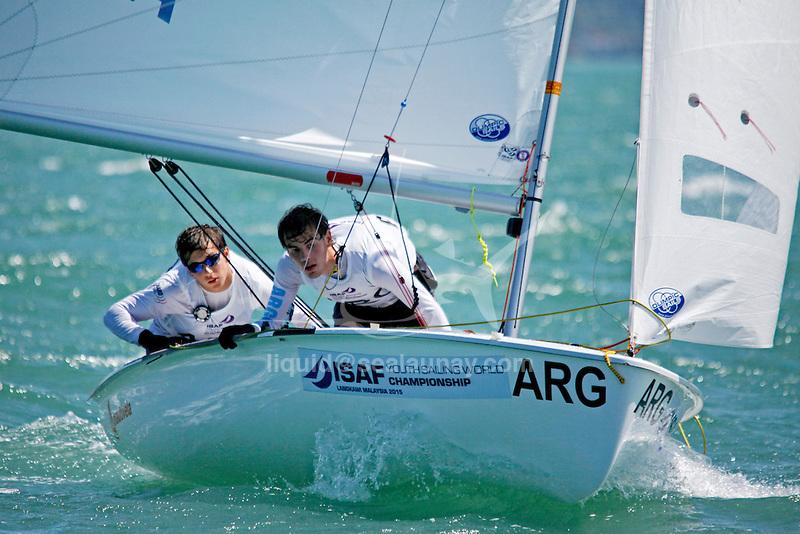 Argentina420MenCrewARGIA2IvanAranguren<br /> Argentina420MenHelmBRAFM21FelipeMartinez Autin Diniz<br /> Day2, 2015 Youth Sailing World Championships,<br /> Langkawi, Malaysia