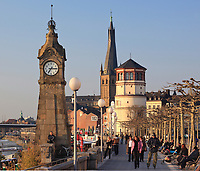 Germany, Deutschland, North Rhine-Westphalia, Nordrhein-Westfalen, Dusseldorf, View of the Pegeluhr Clock, the Schlossturm and the Collegiate Church of St. Lambertus in Düsseldorf