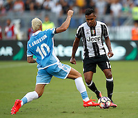 Calcio, Serie A: Lazio vs Juventus. Roma, stadio Olimpico, 27 agosto 2016.<br /> Juventus' Alex Sandro, right, is challenged by Lazio's Felipe Anderson during the Serie A soccer match between Lazio and Juventus, at Rome's Olympic stadium, 27 August 2016. Juventus won 1-0.<br /> UPDATE IMAGES PRESS/Isabella Bonotto