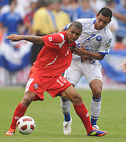 Panama Nelson Barahona (10) shields the ball against El Salvador Xavier Garcia (2)     Panama defeated El Salvador in penalty kicks 5-3 in the quaterfinals for the 2011 CONCACAF Gold Cup , at RFK Stadium, Sunday June 19, 2011.