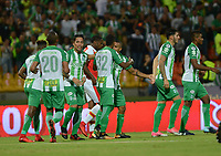 MEDELLÍN - COLOMBIA, 10-02-2018:Dayro Moreno jugador del Atlético Nacional  celebra después de anotar un gol al Independiente Santa Fe  durante el partido entre Atlético Nacional   y el Independiente Santa Fe por la fecha 2 de la Liga Águila I 2018 jugado en el estadio Atanasio Girardot de la ciudad de Medellín. /Dayro Moreno player of Atletico Nacional  celebrates after scoring a goal to Independiente Santa Fe during match between Atletico Nacional   and Independiente Santa Fe for the date 2 of the Aguila League II 2018 played at Atanasio Girardot stadium in Medellin city . Photo: VizzorImage/ León Monsalve / Contribuidor