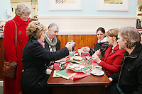 NO REPRO FEE. President McAleese has visited the Focus Ireland Coffee Shop.20/12/2010. L-R Joyce Loughnan CEO Focus Ireland, President Mary McAleese, Des Murphy customer, Jacinta Duffy customer, Sr Stan Kennedy and Michael Moran customer at the Focus Ireland Coffee Shop and Housing Advice Service in Temple Bar. The Centre provides meals, advice, information and support to the homeless.Picture James Horan/Collins Photos