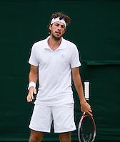 26-06-12, England, London, Tennis , Wimbledon, Robin Haase is teleurgesteld , hij verliest nipt van Del Potro